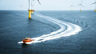 ESVAGT STB12 in operation at the Butendiek Offshore Wind Farm