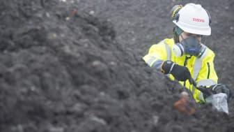 Förorenade schaktmassor transporteras till deponi. Foto: Patrick Trägårdh