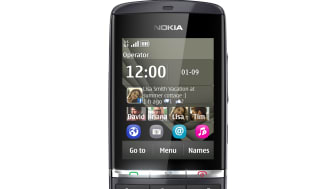Nokia300_02.jpg