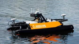 """Akvaplan-niva's nyinnkjøpte autonome fartøy """"Otter Pro"""" er produsert av Maritime Robotics"""