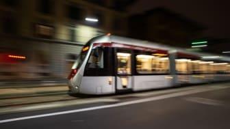 Tramvia, primo viaggio prova del tram a batteria tra Stazione-Alamanni e Fortezza