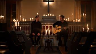 Joel Börjesson och Erik Tilling gör en ny turné till förmån för Erikshjälpen.