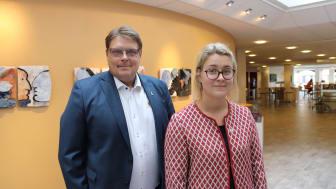 Kommunstyrelsens ordförande Johan Abrahamsson samt kommunstyrelsens andre vice ordförande Ida Clausson