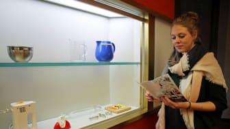 """""""Backen, Bügeln, Putzen, Kochen - Das bisschen Haushalt!"""": Kunstausstellung im GRASSI Museum für Angewandte Kunst Leipzig"""