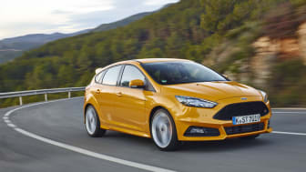 Nya Ford Focus ST erbjuder förbättrade vägegenskaper, avancerad teknik och en ny dieselmotor