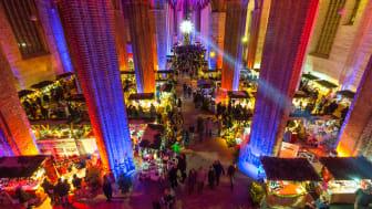 Bald öffnen die ersten Weihnachtsmärkte ihre Pforten wie hier in der St. Marienkirche in Frankfurt (Oder). Foto: TMB-Fotoarchiv/Yorck Maecke.