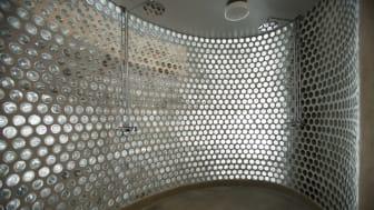 Allmänna bastun i Frihamnen, Göteborg - interiör, dusch
