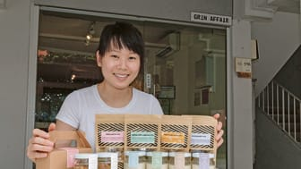 DELIVERING PERSONALISED MESSAGES ON A CAKE JAR