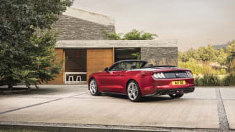 FORD MUSTANG 2017 (13)