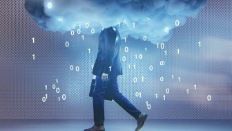 Informasjonsteknologien gjør oss i stand til å håndtere data smartere og mer effektivt, men den omfattende digitaliseringen fører også til at vi blir mer sårbare. (Foto: iStock)