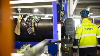 Material från Björn Borg sorteras i Siptex-anläggningen. Foto: Andreas Offesson