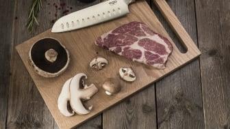 Knives_EGO-Sandvik_Santoku-Knife-W18SK_w_meat_landscape