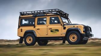 Land Rover Classic vil bygge 25 helt nye Defender Works V8 Trophy-biler  til et eventyrlig arrangement på Eastnor Castle i 2021