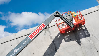 Cramon kurottajapalveluissa on koneita minikurottajista maailman suurimpaan Magni RTH 5.35 -kurottajaan asti. Kurottajien nostokorkeus on 17−35 metriä ja minikurottajat aloittavat 6 metristä.