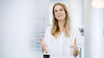 Corona har ramt de unge endnu hårdere på jobmarkedet, og derfor må virksomheder gøre mere for at få arbejdsløse unge i arbejde, siger Bolette Spottag Eisensee, Nordic Talent Attraction Specialist i Nestlé. (Foto: Søren Svendsen)