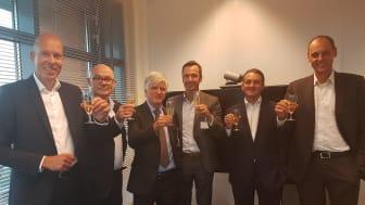 v.l.n.r. Marc Knothe, Dirk Klok, Derk Bloemendaal, Bert Boot, Reza Atighi en Lennard Sigling.