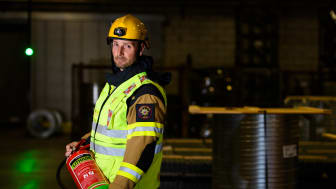 Michael Bengtsson på Räddningstjänsten i Båstad var först på plats och lyckades begränsa branden på Lindab.
