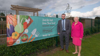 Cllr Matthew Armstrong and Ald Audrey Wales at the Community Hub on Doury Rd