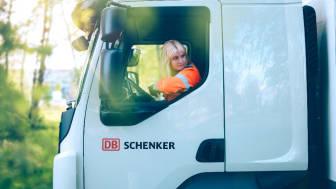 Lokala familjeåkerier fixar snabbare leveranstider hos DB Schenker