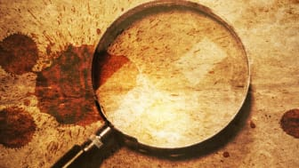 Der har været et gådefuldt mord på museet. Hvem kan hjælpe med at opklare mordet? Illustration: ROMU