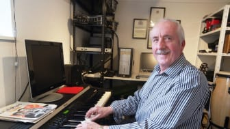 Cheadle stroke survivor adds his voice to Lost for Words campaign