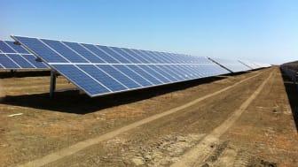 Stora solcellsanläggningar – Ny hjälp för konstruktörer och installatörer