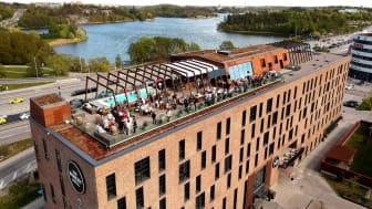 Takterrassen på The Winery Hotel har utnämnts till en av världens bästa av både Forbes och Vogue