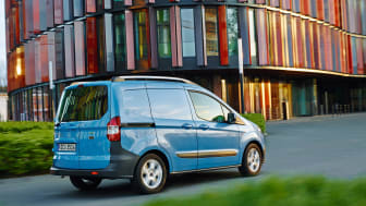 FORD TRANSIT COURIER - 4