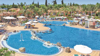 Bei alltours sind im Winter 12.500 Hotels, darunter auch die allsun Hotels wie das Esplendido auf Gran Canaria, buchbar. (Foto: alltours)