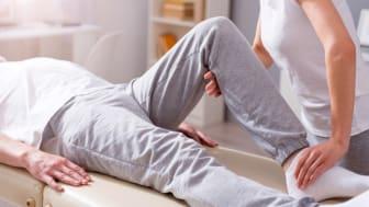 Gezielte Physiotherapie trägt oftmals zur Kräftigung der Fußmuskulatur der Patienten bei und kann bei der Prophylaxe von Fußfehlstellungen hilfreich sein. Bild: zinkevych | fotolia