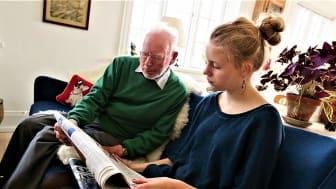 Socialpraktik foregår to timer om ugen i ti uger. Det kan være som besøgsven på et plejehjem.