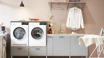 Vedums tvättstuga med Svanenmärkta luckan Nora grå.