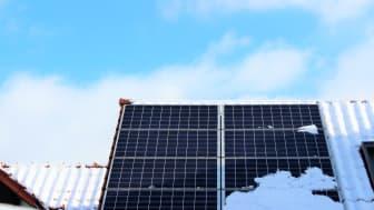 Auch kleine Solaranlagen wie diese müssen im Marktstammdatenregister angemeldet werden.