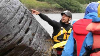 Naturturismföretagaren Jonas Persson driver JoPe Fors & Fjäll.