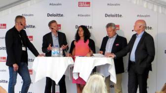 I panelen medverkade Jens Henriksson, vd Folksam, Annika Winsth, chefsekonom Nordea,  Lauri Rosendahl, vd Stockholmsbörsen och  Thomas Andersson, professor/ordförande IUET
