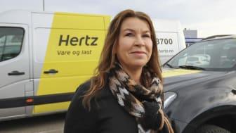Anne-Lene (47) har parkert 450 av 600 biler – nå gjelder det å redde jobbene