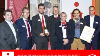 Bildunterschrift ( v.l.n.r.): Thomas Vöhl, Marcus Widrich, Sören Bramke, Dr. Bernhard Bauer (Geschäftsführer), Dr. Gabriele Scheberan-Klinger, Klaus Reisinger und Peter Heiß von der S-ImmobilienService GmbH der Stadtsparkasse München.