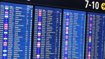 Bonuspoeng ved oppsparing av flyreiser har vært særlig populær. Nå blir det endringer.