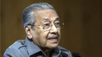 SOURCE: https://www.straitstimes.com/asia/se-asia/malaysia-pm-mahathir-gets-caustic-about-peoples-rejection-of-new-national-car-idea