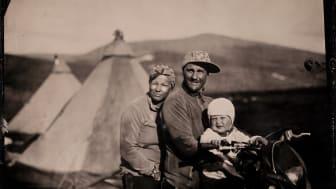Familj på motorcykel: Sara- Helen Persson, Klemmet Israelsson och Nils -Teodor Israelsson. Foto: Hans Jonsson.