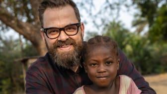 Barn i Norge blir kjent med Nanah fra Sierra Leone
