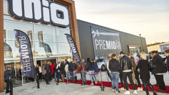 Bild från invigningen av Mios butik i Enköping.