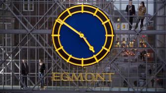 Egmont lægger lønnen ud til Visma