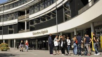 I höst startar fyra helt nya program på Södertörns högskola: Bibliotekarieprogrammet, Liberal Arts, Kulturanalys inriktning hållbar utveckling och Historikerprogrammet.