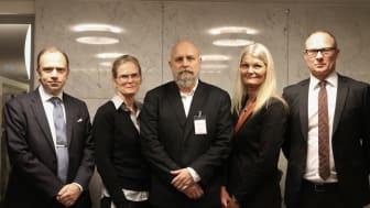 Från vänster: Henrik van Rijswijk, förhandlingschef Livsmedelsföretagen, Solweig Larsson, tredje ordförande Livs, Jolan Wennberg, andre ordförande Livs, Eva Guovelin, förbundsordförande Livs, Björn Hellman, vd Livsmedelsföretagen
