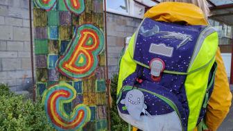 Sicherheit auf dem Schulweg mit den BLINKIS der Barmenia