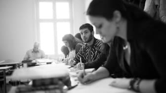 Gratis kurser i svenska för asylsökande