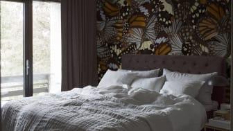 CapturedReality2_Bedroom_Butterfly_item_P291801-8_PR