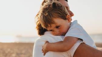 Förälder med sitt barn