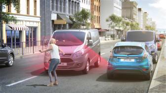 Fords aktiva inbromsnings-teknologi med fotgängaravkänning.